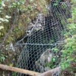 Absicherung von gefährlichen Karstschächten für Mensch und Tier (Höhle M63).