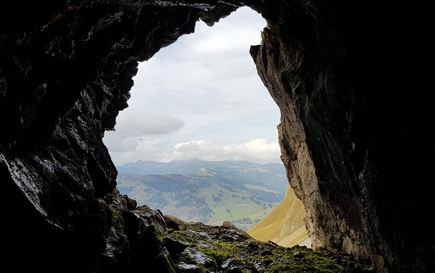 Blick aus dem Eingang der Unteren Eiseehöhle