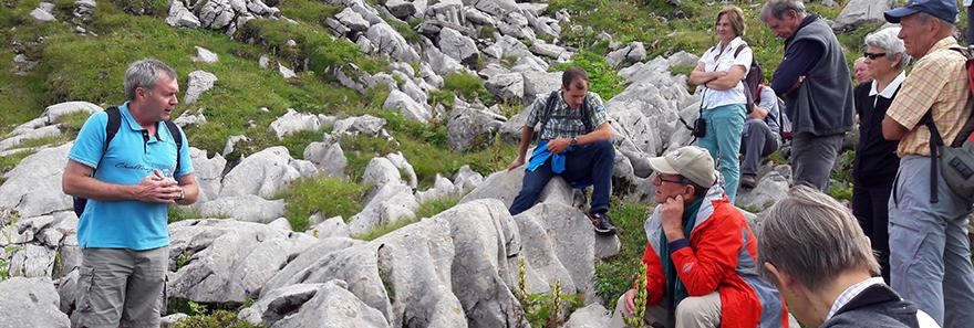 Exkursion durch die Karrenfelder der Melchsee-Frutt.